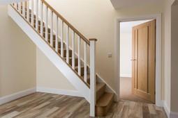 Superior White Painted Staircase, White Oak Handrail, Bottomrail U0026 Pyramid Caps