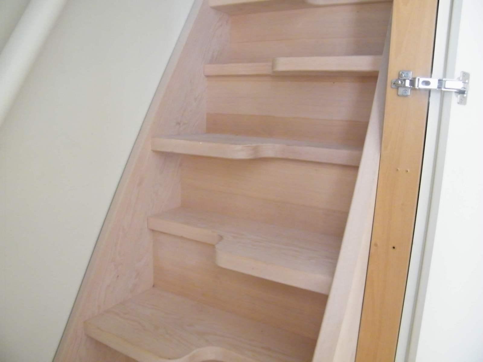 Hemlock paddle staircase